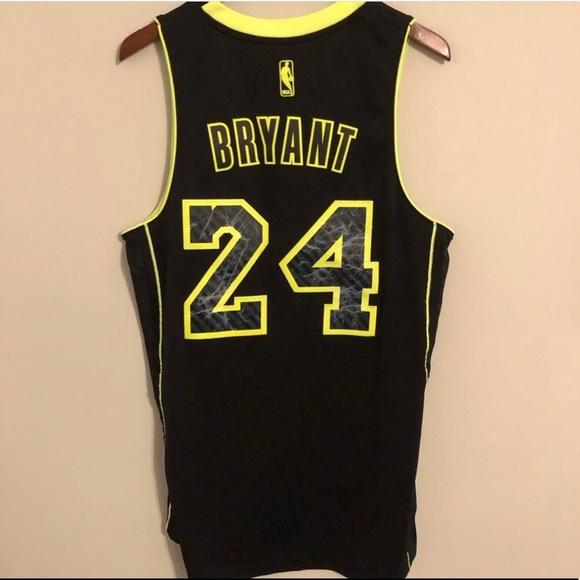 Kobe Bryant Lakers NBA jersey limited yellow/black